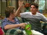 Tad Reeves, Paul McClain in Neighbours Episode 3570