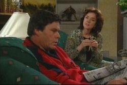 Joe Scully, Lyn Scully in Neighbours Episode 3812