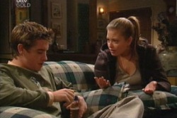 Tad Reeves, Felicity Scully in Neighbours Episode 3814