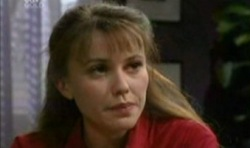 Libby Kennedy in Neighbours Episode 3831