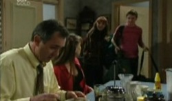 Karl Kennedy, Libby Kennedy, Susan Kennedy, Tad Reeves in Neighbours Episode 3831