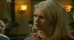Tess Bell in Neighbours Episode 3832