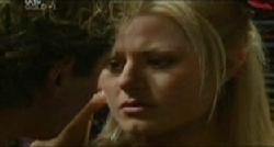 Dee Bliss in Neighbours Episode 3832