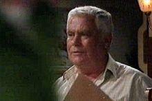 Lou Carpenter in Neighbours Episode 4243