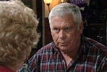 Valda Sheergold, Lou Carpenter in Neighbours Episode 4245