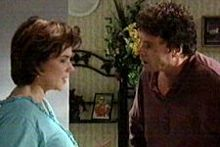 Joe Scully, Lyn Scully in Neighbours Episode 4260