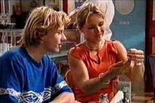 Boyd Hoyland, Steph Scully in Neighbours Episode 4264
