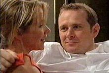 Steph Scully, Max Hoyland in Neighbours Episode 4264