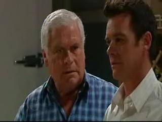 Paul Robinson, Lou Carpenter in Neighbours Episode 4635