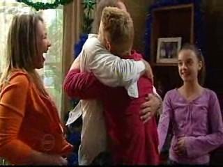 Steph Scully, Max Hoyland, Boyd Hoyland, Summer Hoyland in Neighbours Episode 4874
