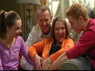 Summer Hoyland, Max Hoyland, Steph Scully, Boyd Hoyland in Neighbours Episode 4874