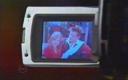 Elle Robinson, Ned Parker in Neighbours Episode 4880
