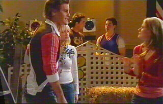 Ned Parker, Sky Mangel, Elle Robinson in Neighbours Episode 4881