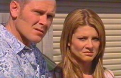 Max Hoyland, Izzy Hoyland in Neighbours Episode 4882