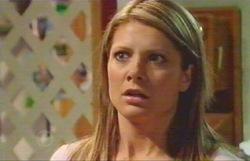 Izzy Hoyland in Neighbours Episode 4882