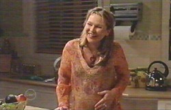 Steph Scully in Neighbours Episode 4883