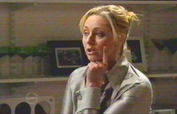 Janelle Timmins in Neighbours Episode 4885