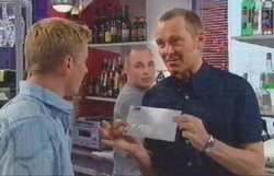 Max Hoyland, Kim Timmins, Boyd Hoyland in Neighbours Episode 4886