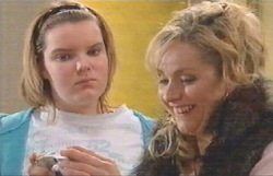 Bree Timmins, Janelle Timmins in Neighbours Episode 4887