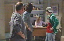Kim Timmins, Dylan Timmins, Janelle Timmins, Stingray Timmins in Neighbours Episode 4887