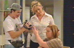 Stingray Timmins, Janelle Timmins, Bree Timmins in Neighbours Episode 4887