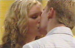 Janae Timmins, Boyd Hoyland in Neighbours Episode 4887