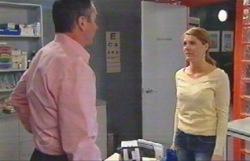 Karl Kennedy, Izzy Hoyland in Neighbours Episode 4889
