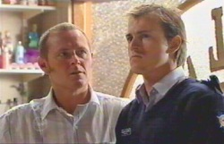 Max Hoyland, Stuart Parker in Neighbours Episode 4889