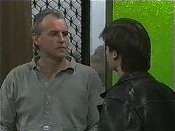 Jim Robinson, Mike Young in Neighbours Episode 0997
