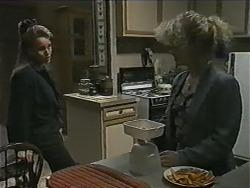 Bronwyn Davies, Sharon Davies in Neighbours Episode 0998