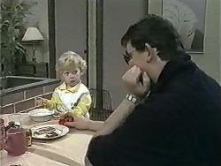 Jamie Clarke, Des Clarke in Neighbours Episode 0998