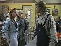 Bronwyn Davies, Sharon Davies, Henry Ramsay in Neighbours Episode 0998