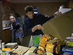 Helen Daniels, Joe Mangel in Neighbours Episode 0999