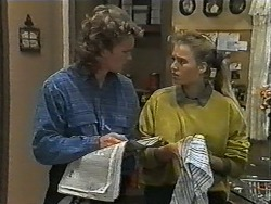 Henry Ramsay, Bronwyn Davies in Neighbours Episode 1001