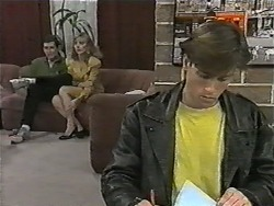 Des Clarke, Jane Harris, Mike Young in Neighbours Episode 1002