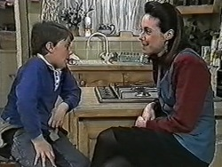 Toby Mangel, Kerry Bishop in Neighbours Episode 1077