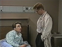 Nick Page, Clive Gibbons in Neighbours Episode 1078