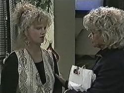 Sharon Davies, Helen Daniels in Neighbours Episode 1078