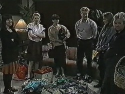 Kerry Bishop, Melanie Pearson, Hilary Robinson, Clive Gibbons, Bronwyn Davies, Helen Daniels in Neighbours Episode 1078