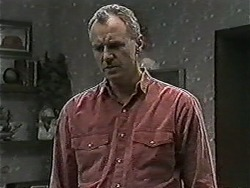 Jim Robinson in Neighbours Episode 1079