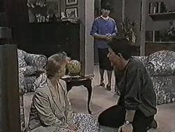 Sharon Davies, Hilary Robinson, Matt Robinson in Neighbours Episode 1080