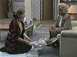 Beverly Marshall, Baby Rhys, Helen Daniels in Neighbours Episode 1080