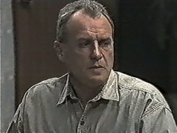 Jim Robinson in Neighbours Episode 1080