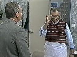 Jim Robinson, Harold Bishop in Neighbours Episode 1081