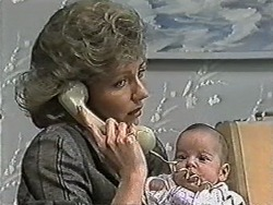 Beverly Robinson, Baby Rhys in Neighbours Episode 1081