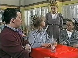 Matt Robinson, Sharon Davies, Melanie Pearson, Bronwyn Davies in Neighbours Episode 1081