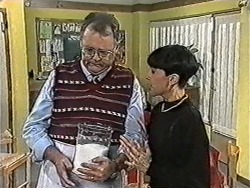 Harold Bishop, Hilary Robinson in Neighbours Episode 1081