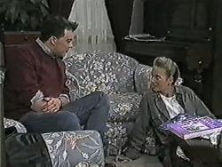 Matt Robinson, Bronwyn Davies in Neighbours Episode 1081