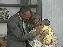 Jim Robinson, Helen Daniels, Baby Rhys in Neighbours Episode 1081
