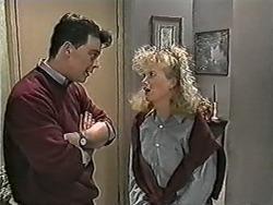 Matt Robinson, Sharon Davies in Neighbours Episode 1082